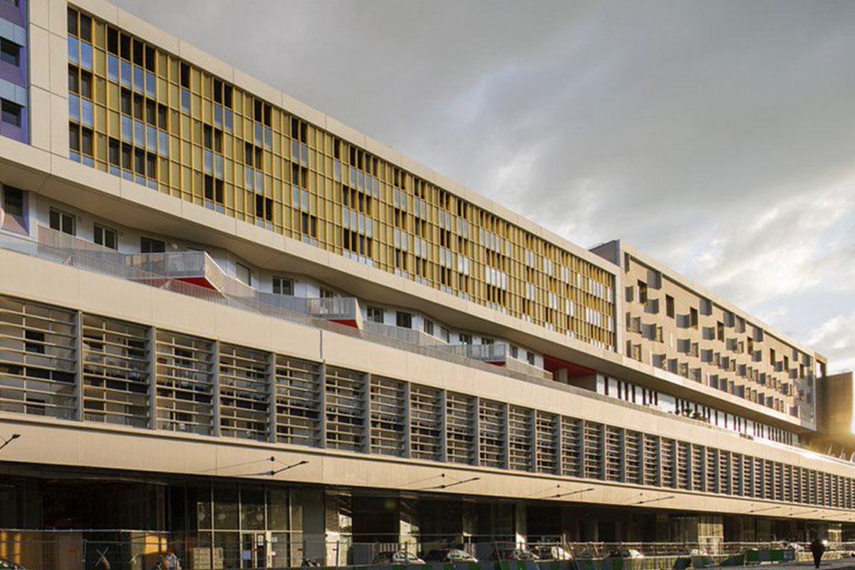 L'ENTREPÔT-MACDONALD